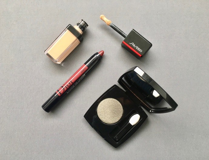 chanel topcoat synchro skin concealer shiseido rouge graphist dior